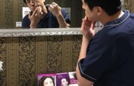 鏡でチェック
